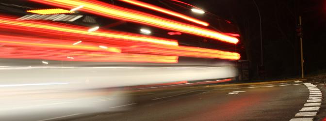 166 km/h bei erlaubten 50 km/h – Macht zusammen: 4 Punkte, 3 Monate Fahrverbot, 680 Euro Bußgeld