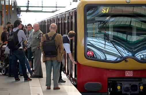 Bekennerschreiben zu Brandanschlag auf S-Bahnverkehr aufgetaucht