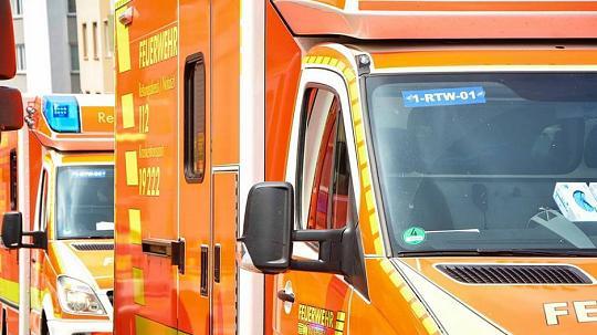 Fußgängerin bei Verkehrsunfall schwer verletzt