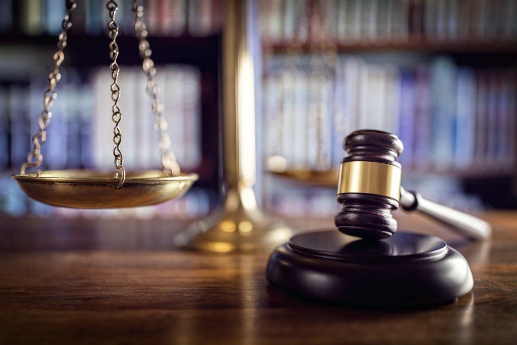 So finden Sie einen guten Anwalt in 5 Schritten