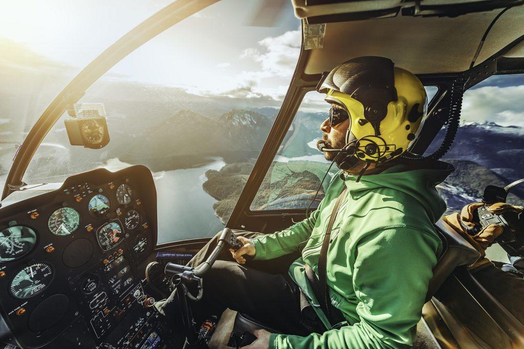 Als Hubschrauberpilot Karriere machen