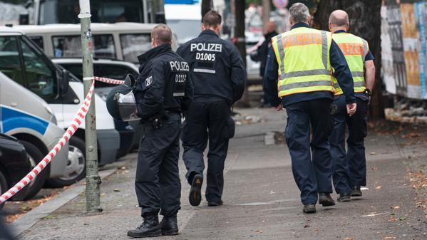 Hütten auf Cuvry-Brache abgefackelt – Tatverdächtige festgenommen