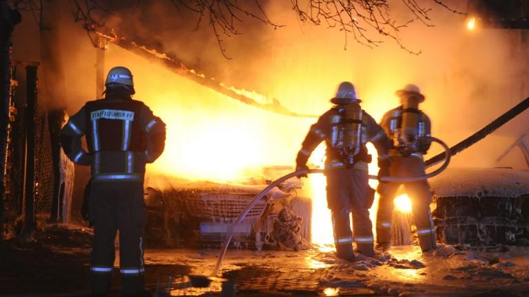 Pkw auf kambodschanischen Botschaftsgelände abgebrannt