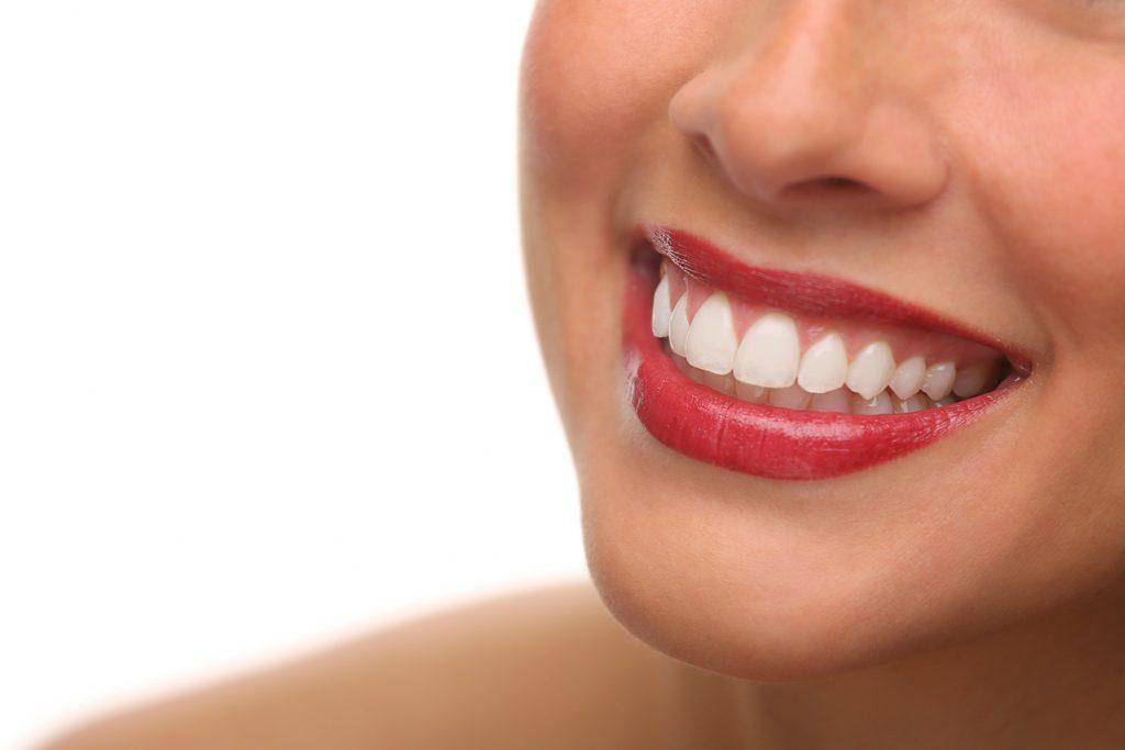 Gesunde Zähne fürs Leben – die besten Tipps für die ganze Familie