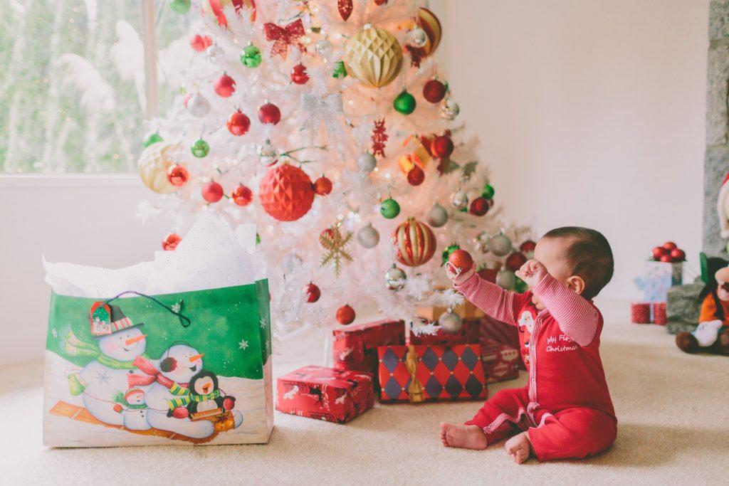 Dekorative und kreative Ideen für den Weihnachtsbaum