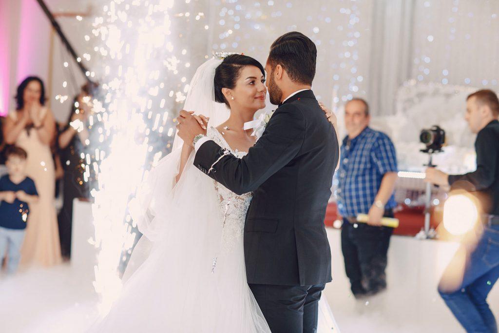 So planen Sie als Braut Ihre eigene Hochzeit – die besten 5 Tipps
