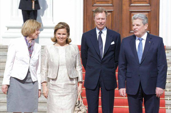 Wowereit begrüßt Großherzog Henri von Luxemburg nebst Gattin in Berlin