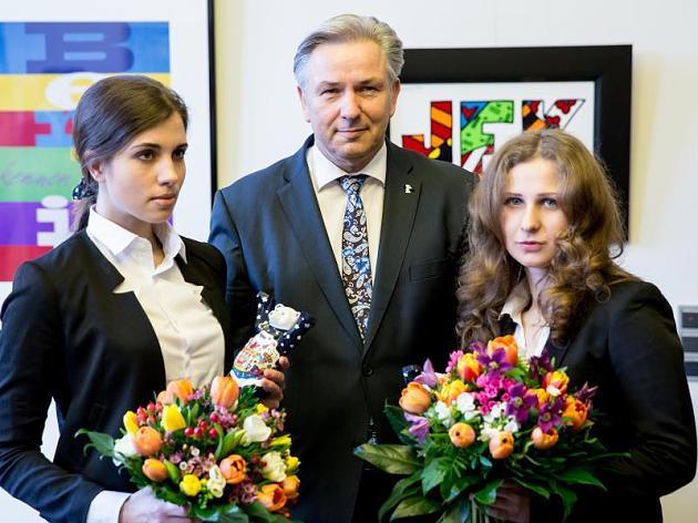 Wowereit empfängt am Dienstag die Pussy Riot Mitglieder Tolokonnikova und Aljochina